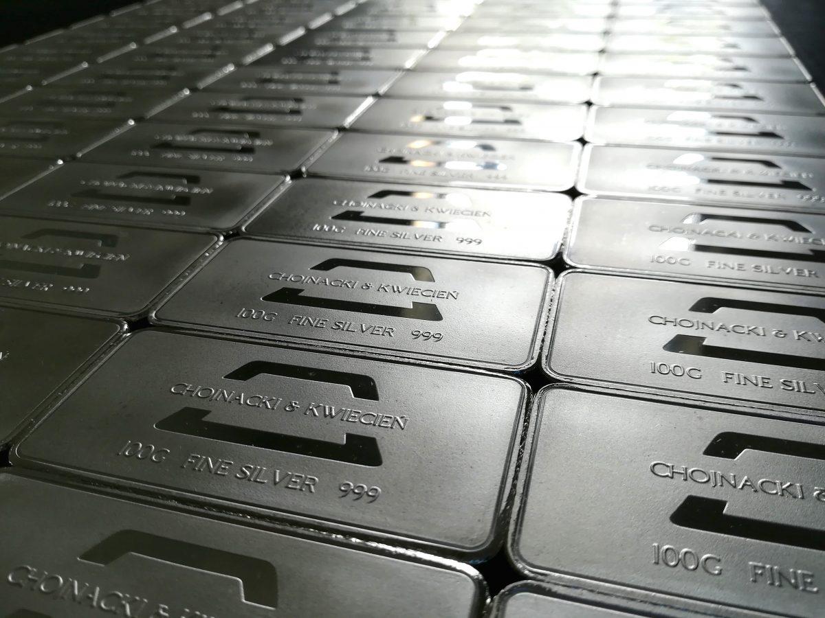 Inwestycyjne sztabki srebra 999. Recykling inwestycyjny.